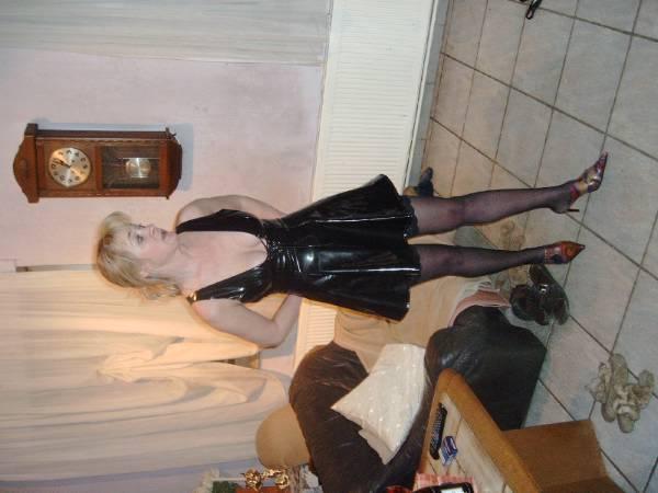 SlaveSlutMarion - photo 2
