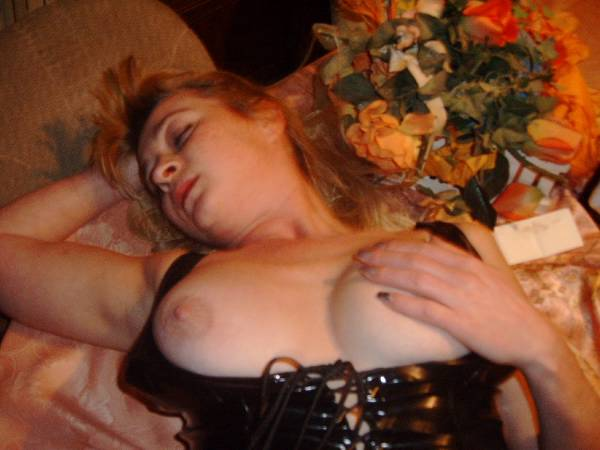 SlaveSlutMarion - photo 13