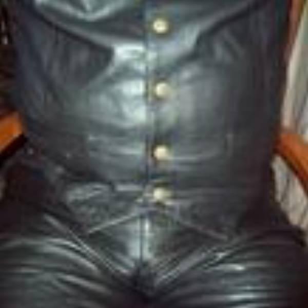 Leatherboy72