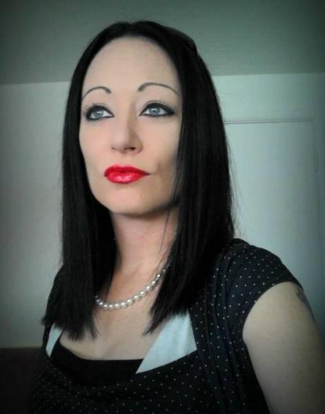 female seeking male friend