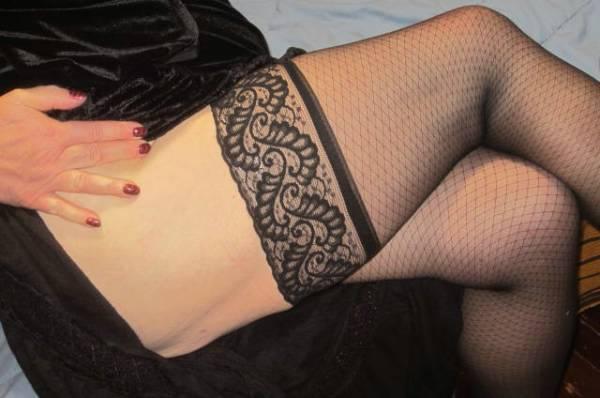 inkedgirl9 - submissive