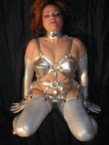 ChainedCouple - photo 1