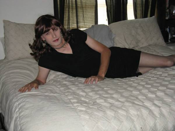 I am here to search for a dominate partner who can be somewhat discrete because I am not 247 and live mostly as a guy to the vanilla world. But that being said Domino has become a big part as well. I love a DS relationship with the surrender and givi ...