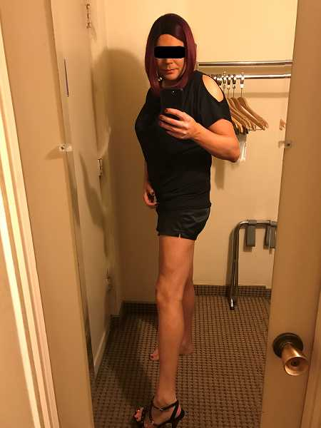 Sissy is searching a strict and controlling Master or Masters to use her and train her to your liking.A Sissy slave pI get off on losing control and to keep it as close to TPE as possible. Im a big fan of bondage. No onl ...