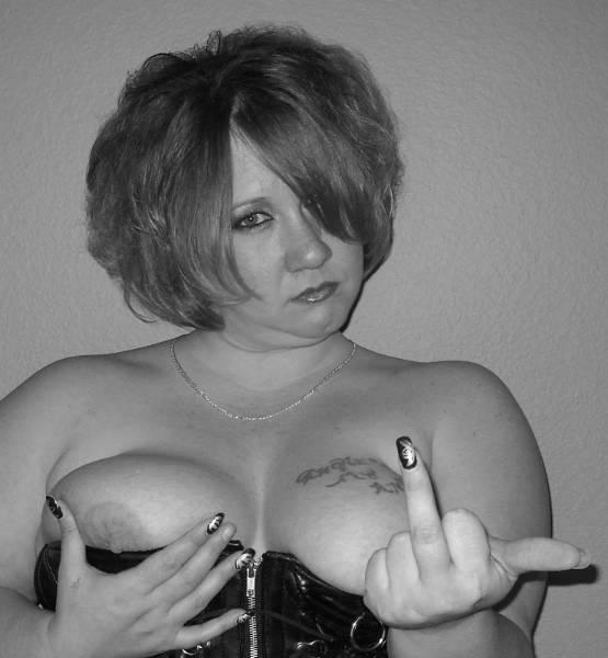 MistressSabrinaH - photo 2