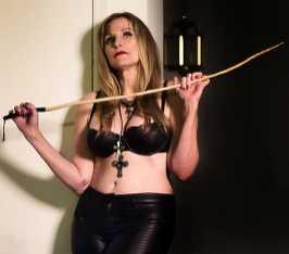 Goth girl pics